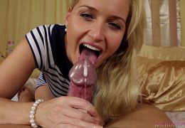 Blowjob videos from Kathia Nobili