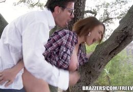 Brazzers – Sexy Hitchhiker Krissy Lynn gets pounded