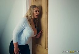 Brazzers – (Fira Leigh) – Moms In Control